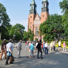Pielgrzymka Gniezno, Biskupin, Bąblin, Poznań, Soplicowo