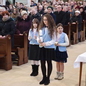 przyjęcie marianek i poświęcenie sztandaru (16)