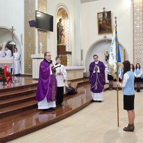 przyjęcie marianek i poświęcenie sztandaru (2)