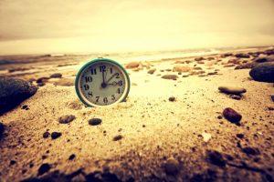 zegar na plaży