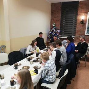 spotkanie opłatkowe ministrantów i marianek (8)