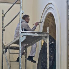 malowanie kościoła (7)