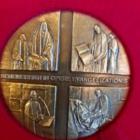 medal dla pani krystyny malickiej (8)